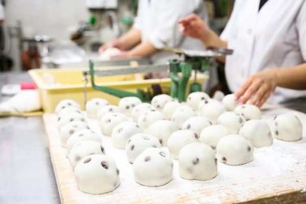 和菓子と洋菓子、こしあんと小倉あんの違い|菓子にまつわる知識を解説