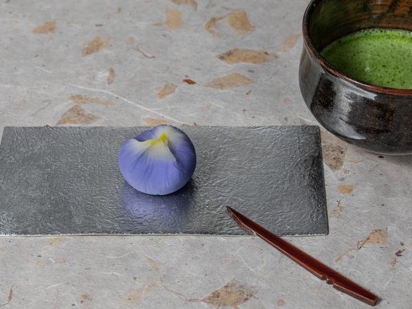 菖蒲 煉切製こし餡