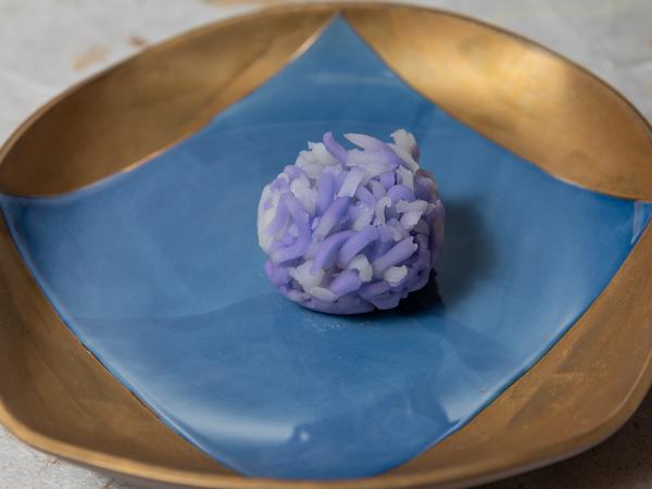 藤の花 きんとん製