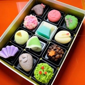 予約限定 おせち菓子2021 12個入 お受け取りは12月28日~